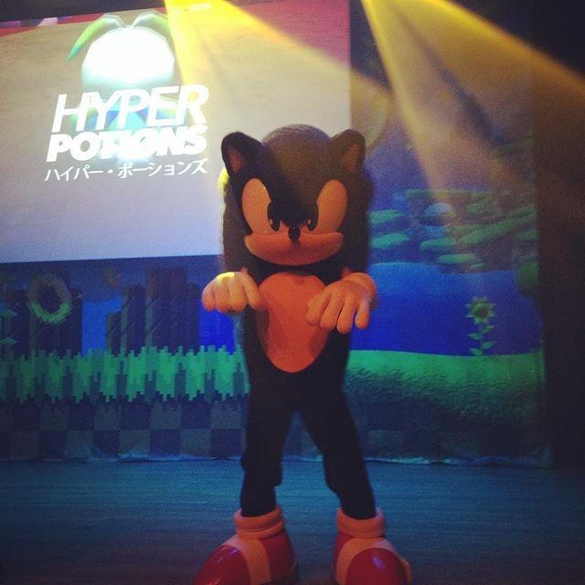 Nice moves Sonic! #sonic25 #sdcc2016 #sega
