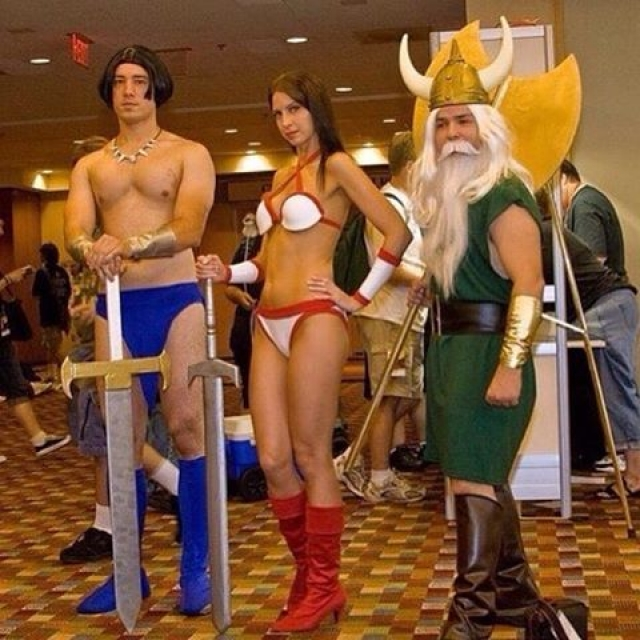 Tag your SEGA cosplay to get featured.... #goldenaxe #cosplay #sega #videogames Photo Credit: unknown