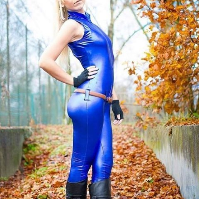 Sarah Bryant Virtua Fighter Cosplay Photo Credit: @goldnessyami (tag us in your cosplay photos for a chance to get featured!) #sega #virtuafighter #cosplay #videogames